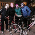 ciclistas-enmascarados-rodaron-por-la-ciudad