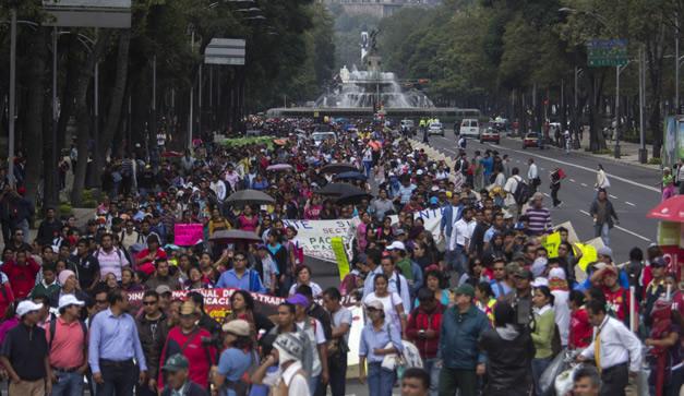 marchan en Reforma