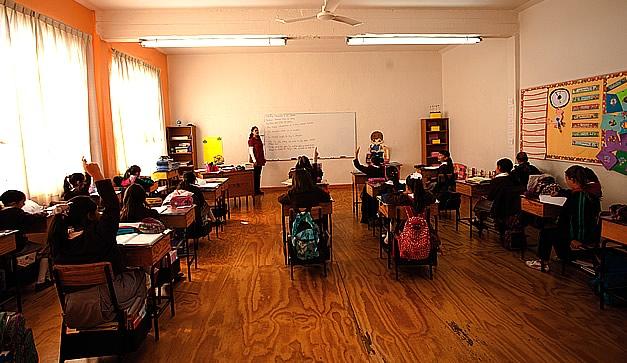Alumnas en la escuela - 2 part 5