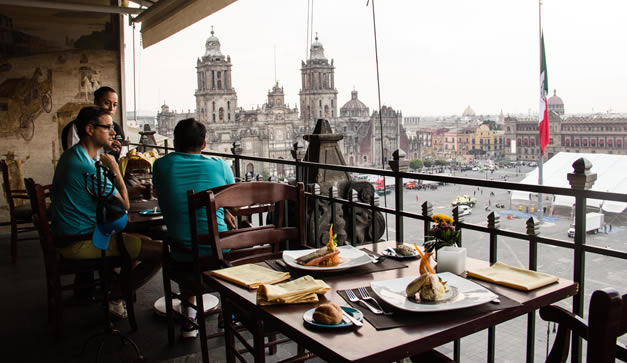 Cena En La Terraza Del Gran Hotel Chilango