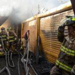bomberos-apagan-incendio-en-central-de-abasto