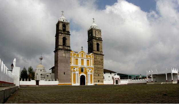 Convento Franciscano de Santa María de la Asunción en Tlatlauquitepec, Puebla