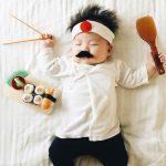 bebe-se-vuelve-viral-por-los-disfraces-de-cosplay-que-le-hace-su-madre
