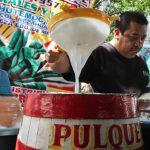 te-retamos-a-probar-5-sabores-diferentes-en-esta-feria-del-pulque