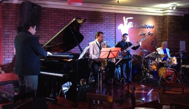 El Barítono Live Jazz