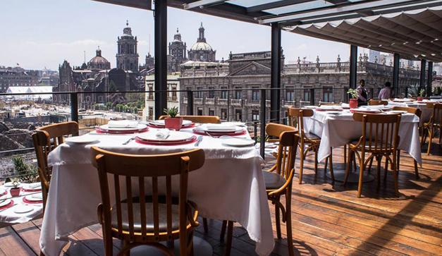 restaurante el mayor su terraza con vista al templo mayor y el zocalo Restaurantes Mexicanos DF para 15 de septiembre