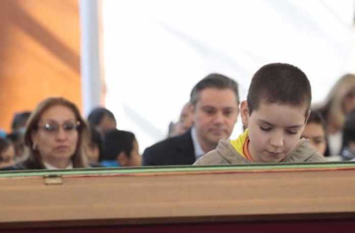 Sergio Vargas, invitado de Aurelio Nuño