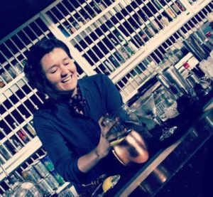 fátima-bartender-Fifty-Mils