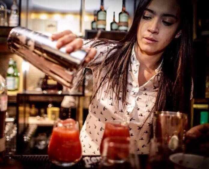bartender-raquel-ramos-limatour