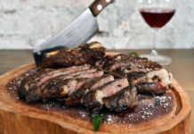 Corte de carne restaurante Rosa Negra