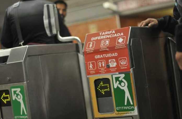 El Metro tiene acceso con tarjeta