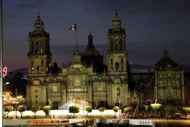 Nueva iluminación de la Catedral Metropolitana