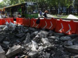 Metrobús en Reforma obras