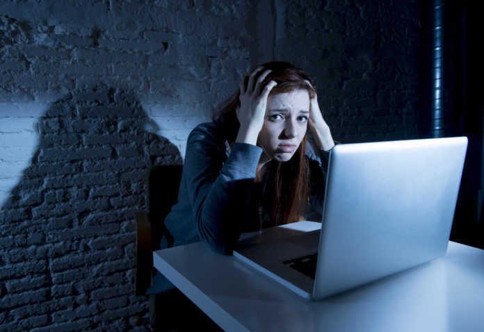 Ciberacoso mujer