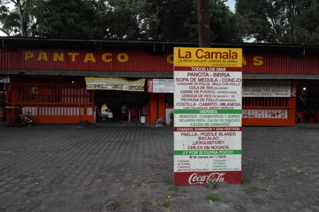 La Carnala en el Mercado Pantaco