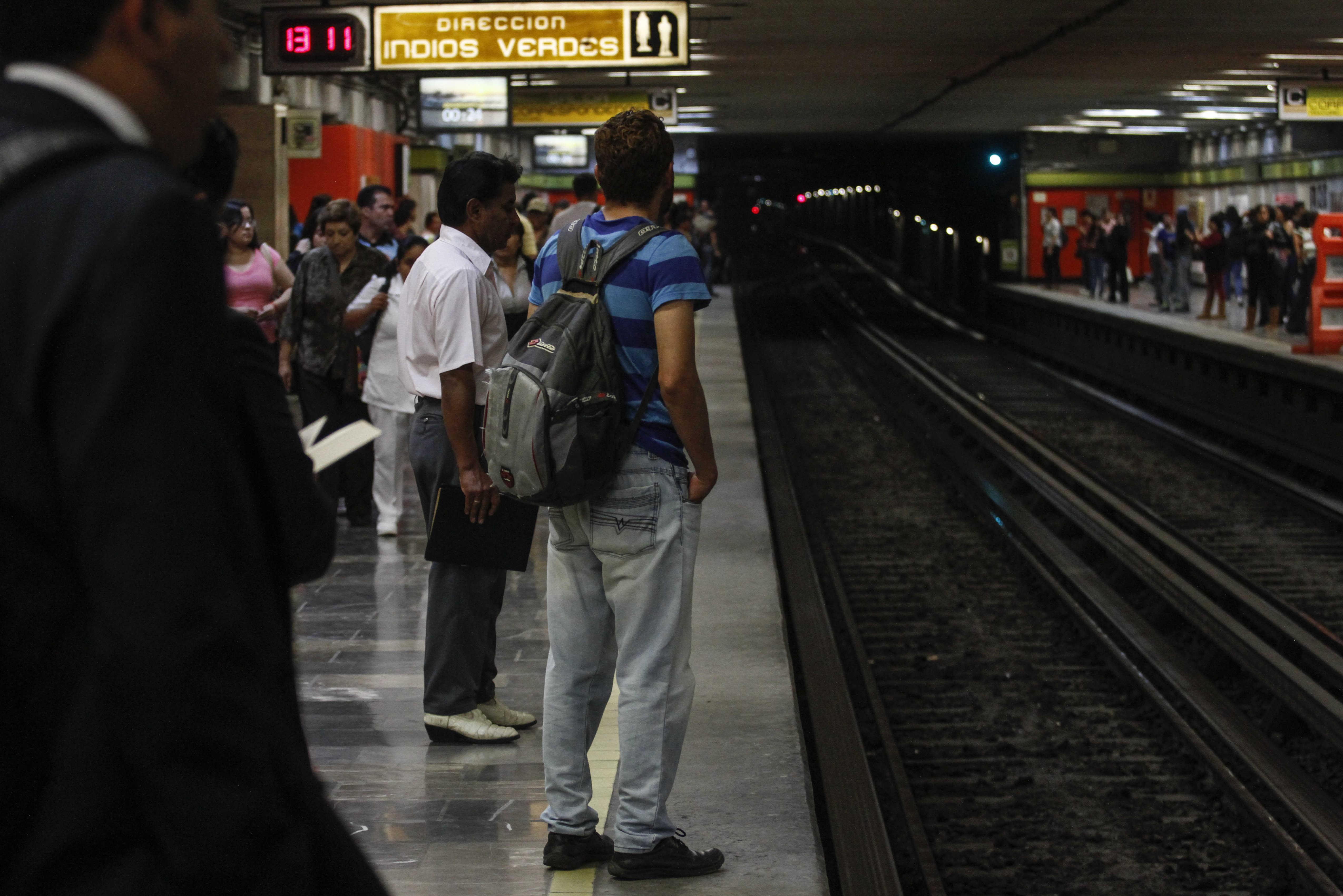 #Video Pánico entre usuarios por falla del Metro