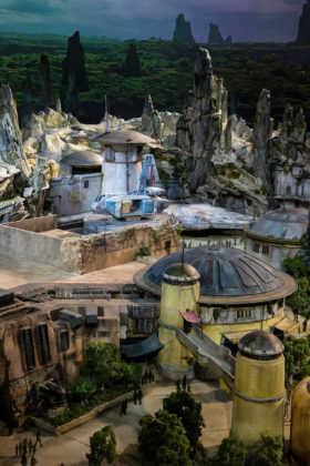 Disney dice que si vas a los parques de Star Wars tendrás una experiencia muy realista