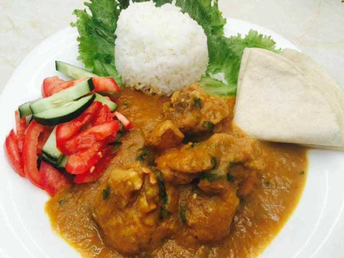 Pollo en curry