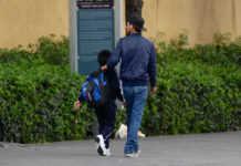 Especialistas explican que es importante que niños y adolescentes regresen a sus actividades escolares y recreativas. También dicen que es importante escuchar lo que quieren expresar sobre el sismo.