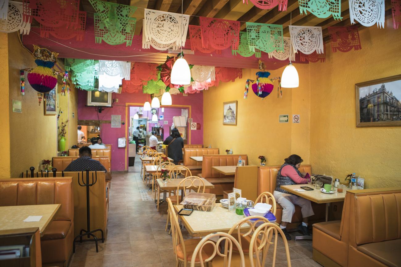 Reloj Restaurante Pretensiones Casero En Sin Centro El Sabor qMGVSUzp
