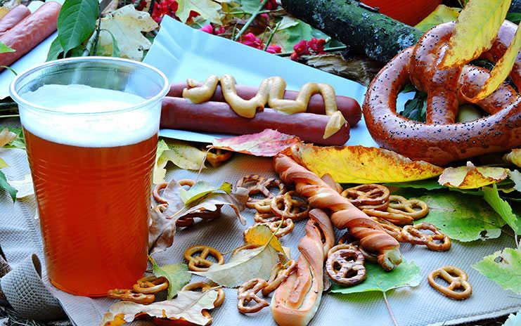 Das oktoberfest 2018 la fiesta de la cerveza salchichas for Ensaladas francesas famosas
