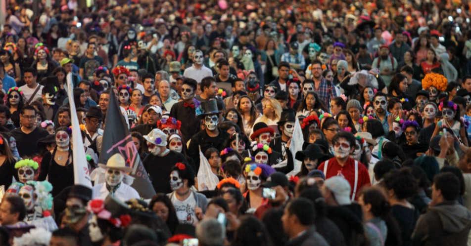 procesión de Catrinas