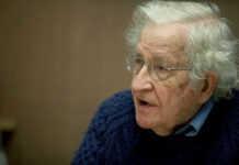 Noam Chomsky en la UNAM