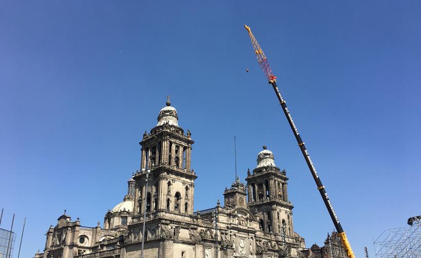 Retiran las esculturas La Fe y La Caridad de la Catedral Metropolitana
