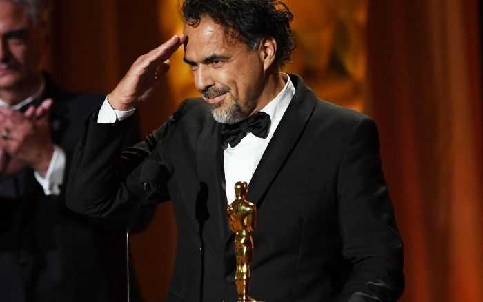 Alejandro González Iñárritu recibe Oscar por Carne y Arena