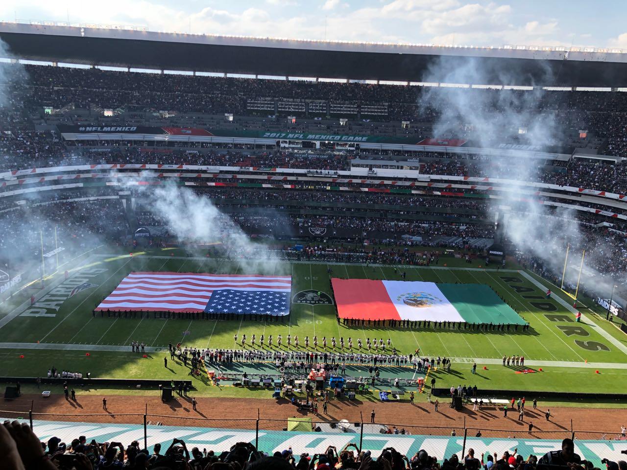 Así se puso el partido de la NFL México 2017 en el Estadio Azteca 6a43dc5cb51