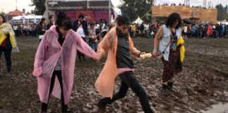 cosas raras en festivales