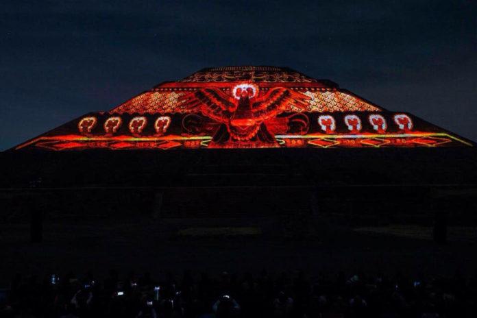Luz y sonido en Teotihuacán