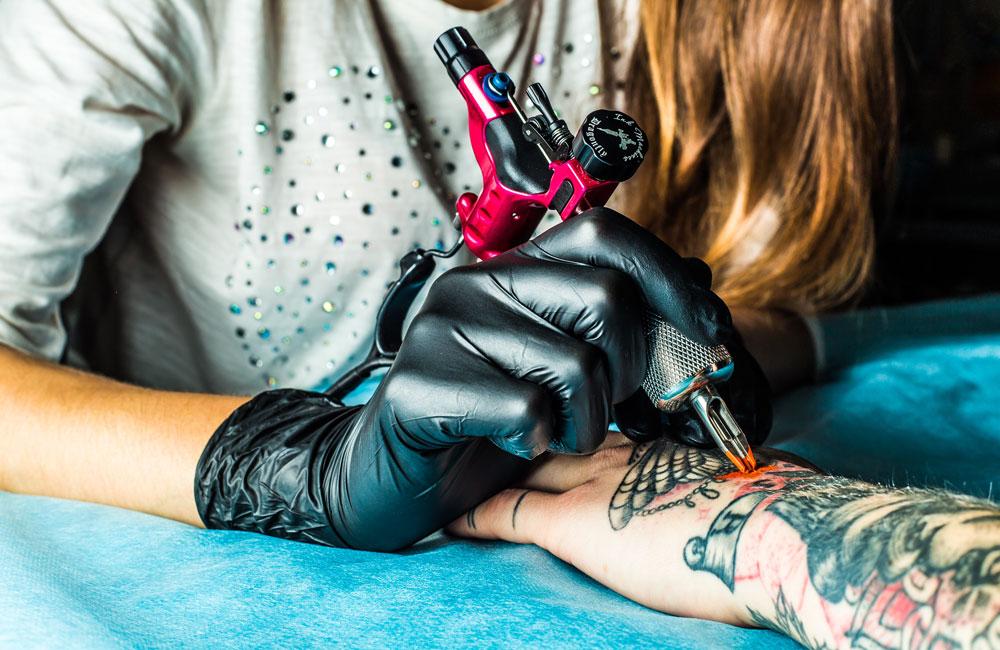 mejores tatuadores de la ciudad en Expo Tatooarte