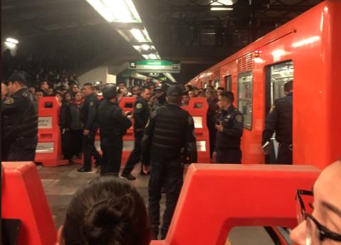 Detienen al hombre que baleó a pasajero en el Metro Romero Rubio