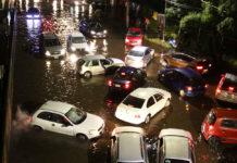 Inundación en coche