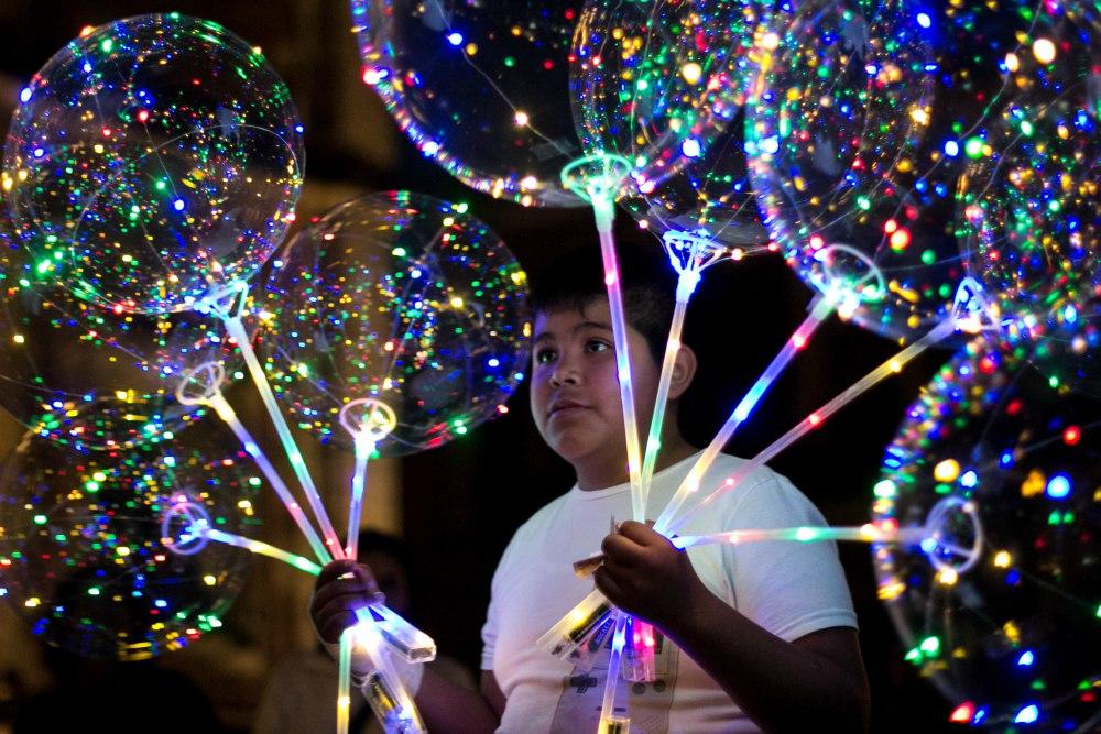 C mo hacer tu propio globo led o d nde comprarlo en la cdmx for Donde comprar globos
