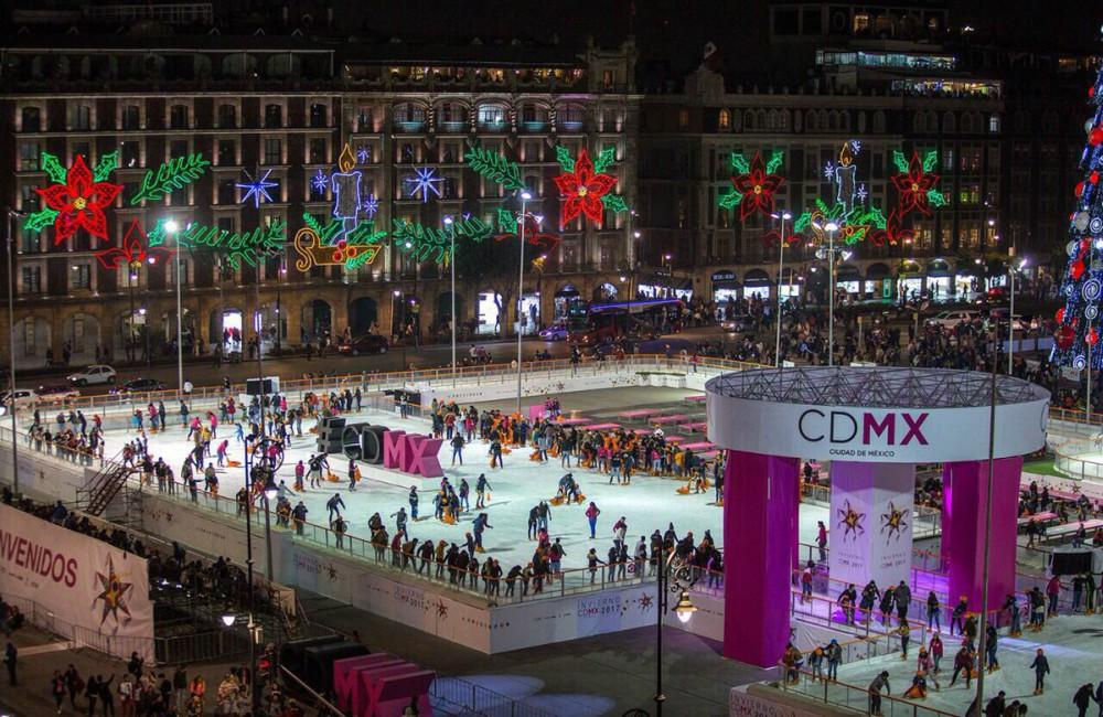 Habr patinaje art stico en la pista de hielo del z calo Espectaculo artistico de caracter excepcional