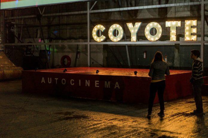 Cartelera del autocinema coyote en febrero