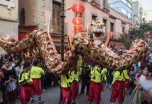 Celebra el Año Nuevo Chino con un concurso de disfraces. El ganador se llevará un viaje a China.