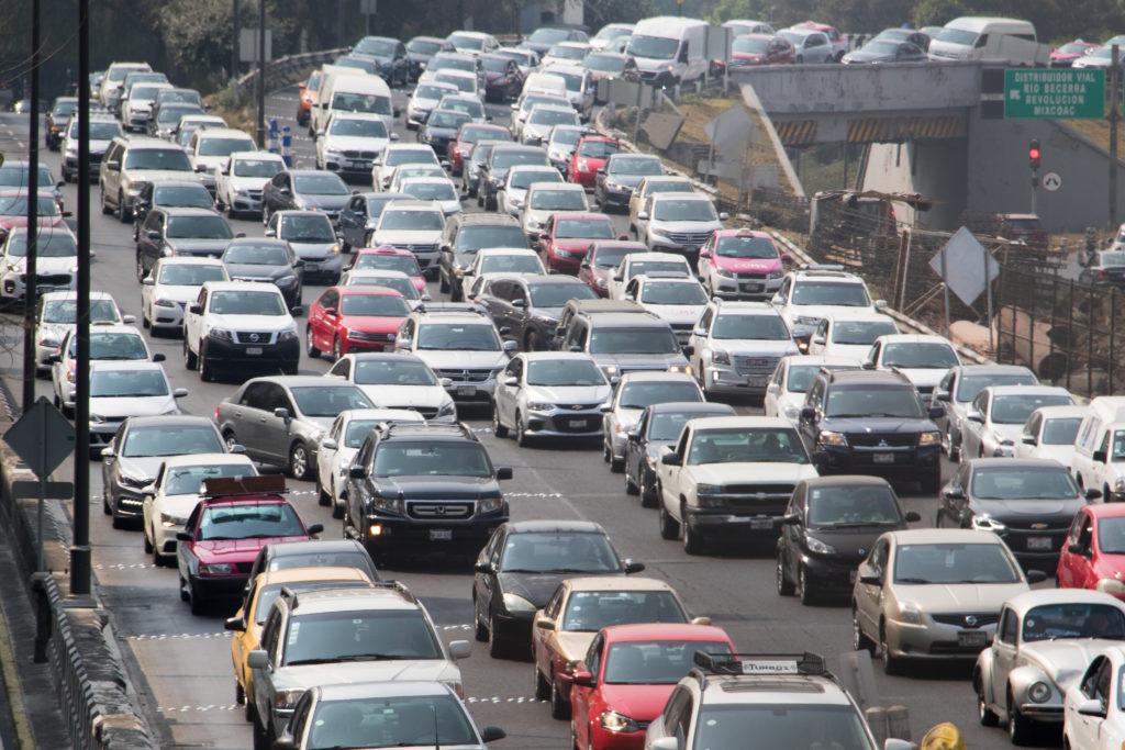 El primer semestre del 2018 la calidad del aire será mala debido a la extensión de la verificación vehicular.