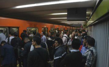 Un corto circuito provocó caos en la línea 3 del Metro.