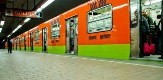 Leer en el Metro