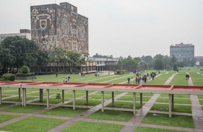 Si quieres estudiar un posgrado en el extranjero y estás titulado en una de las siguientes licenciaturas de la UNAM, ¡ya la armaste!