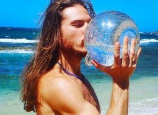 Agua cruda de Live Water