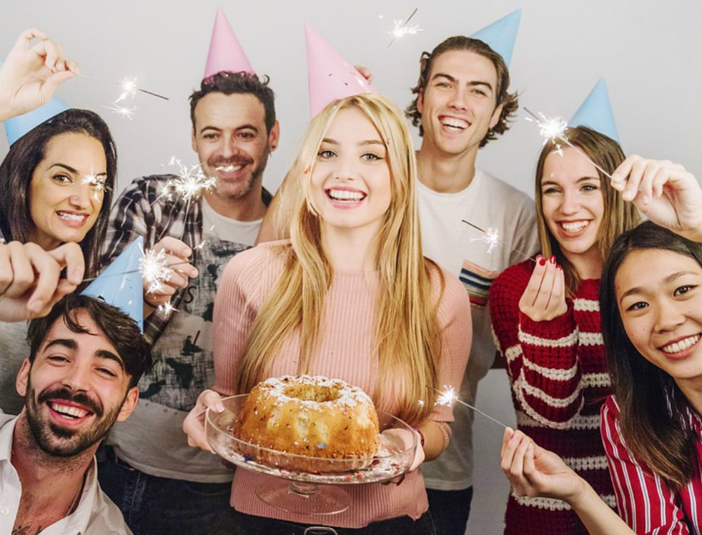 Promociones De Cumpleaños Que Tienen Regalo Incluido