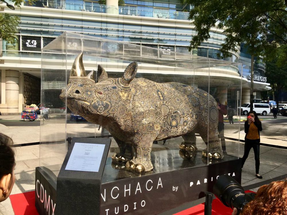 Arte huichol Rinoceronte