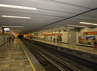metro y metrobús en semana santa