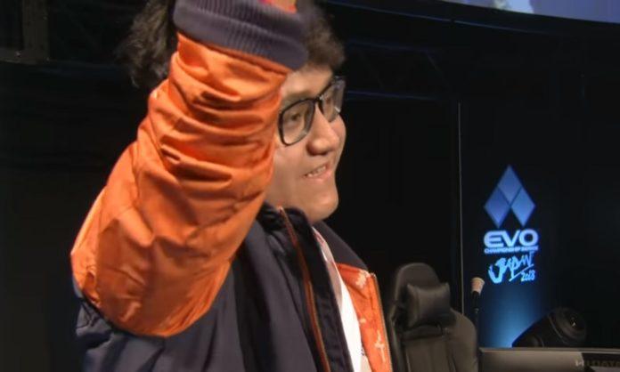 Por primera vez en la historia un mexicano consiguió coronarse campeón en uno de los eventos de videojuegos más importantes del mundo: el EVO Japón.