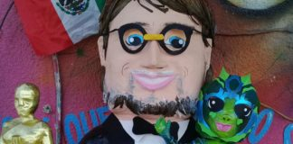 Piñata de Guillermo del Toro