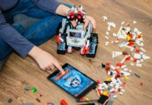Además de su primera tienda oficial Lego trajo a México una red social para niños. Ya está disponible para iOS y Android.